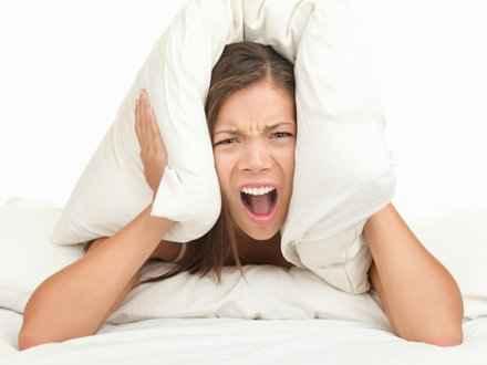 Zece sfaturi pentru un somn mai bun şi o trezire mai fresh dimineaţa