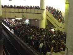 METROREX a solicitat ajutorul ISU pentru a gestiona aglomerația de la metrou
