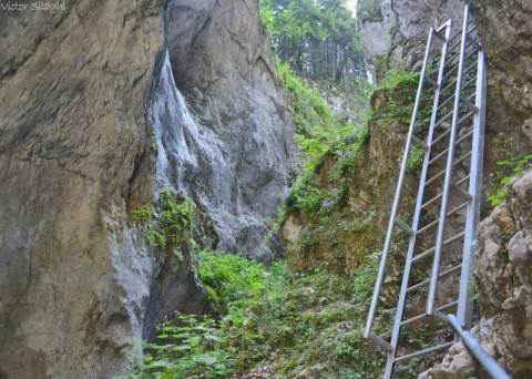 Șapte locuri din România mai puțin cunoscute dar care merită vizitate.