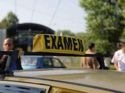 susţinerea examenului auto