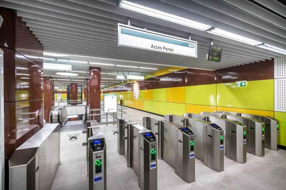 Noii turnicheți din stațiile de metrou