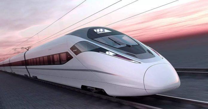 Chinezii lucrează la trenul supersonic