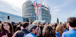 Transport gratuit pentru tinerii din Uniunea Europeană