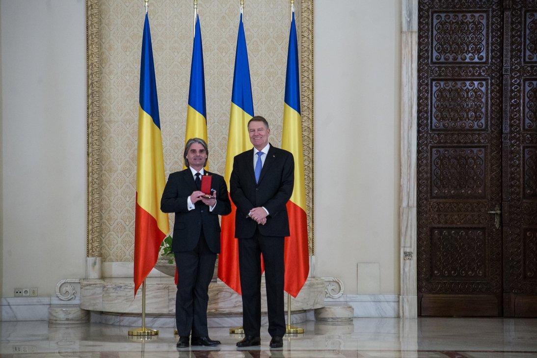 Ion Marin și Președintele României afiș