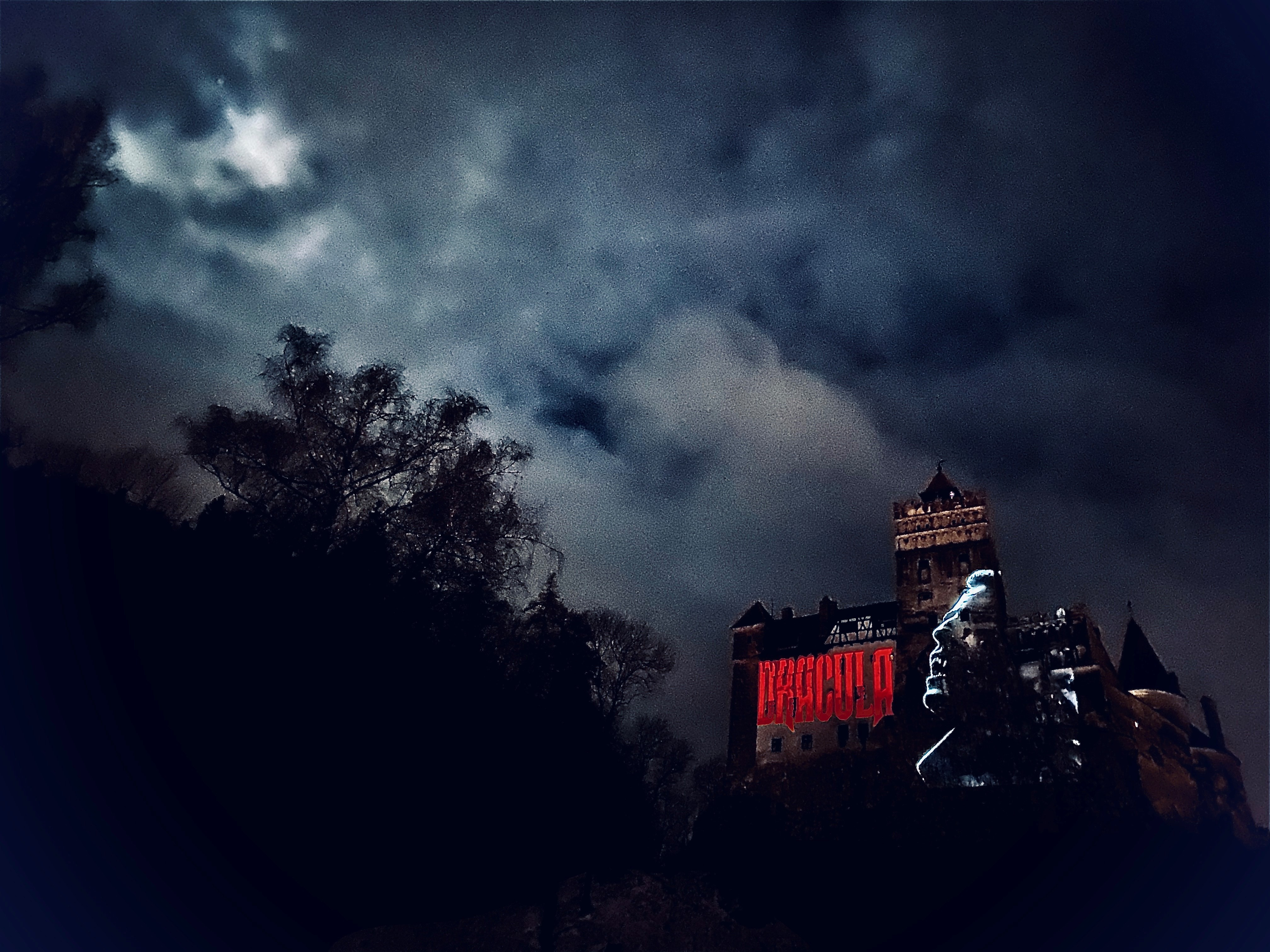 Dracula Netflix_Castelul Bran 1 afiș